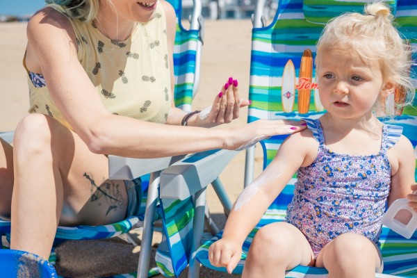 Sunscreen with Benzene May Cause Cancer