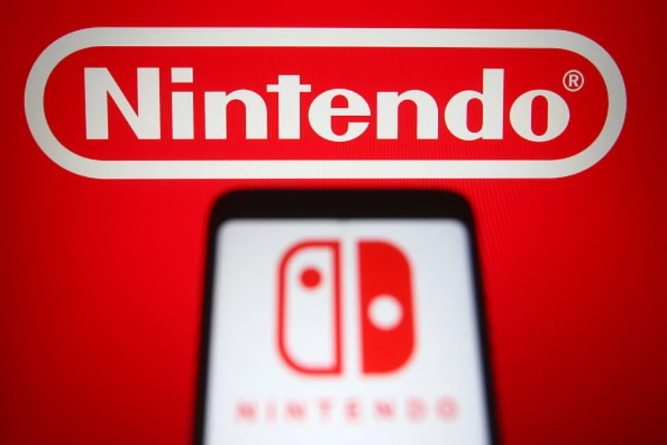 Nintendo logo phone