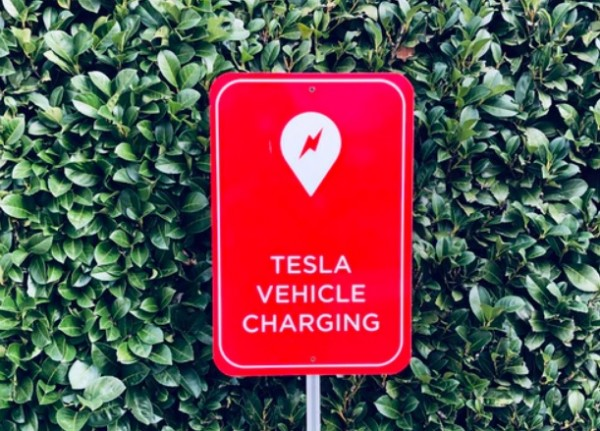 Tesla Invests Another $3.1 Million for the Development of EV Batteries in Canada--Here Are its Goals