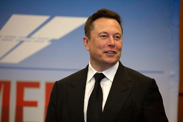 Tesla's Elon Musk Lives in a Small $50K Prefabricated House