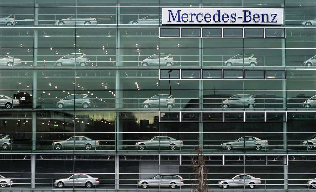 Mercedes-Benz USA  informed the public that their cloud storage platform leaked their customers' personal information by mistake.