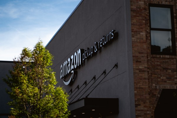 Amazon Allegedly Uses its Algorithm to Fire Contractual Flex Delivery Employees, Says Report