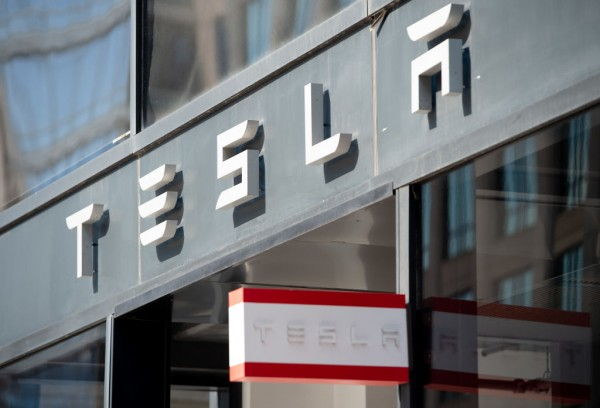 Tesla Megapacks Power 100MW Battery in California After Residents Stop Gas Peaker Plant Entry