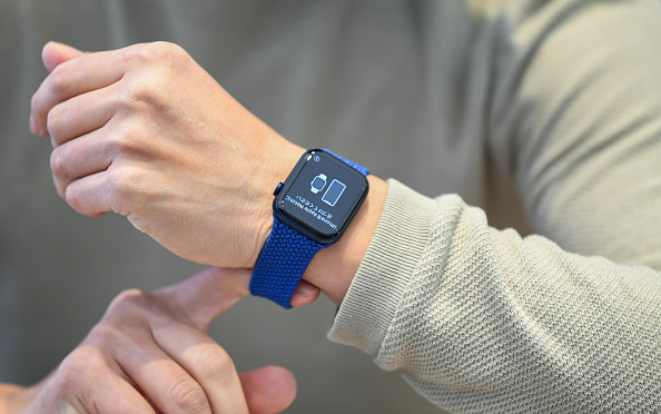 Apple Vs. Masimo: New Lawsuit Asks FTC To Ban Watch Series 6—Claiming Pulse Oximetry Feature Bypasses Its Patents