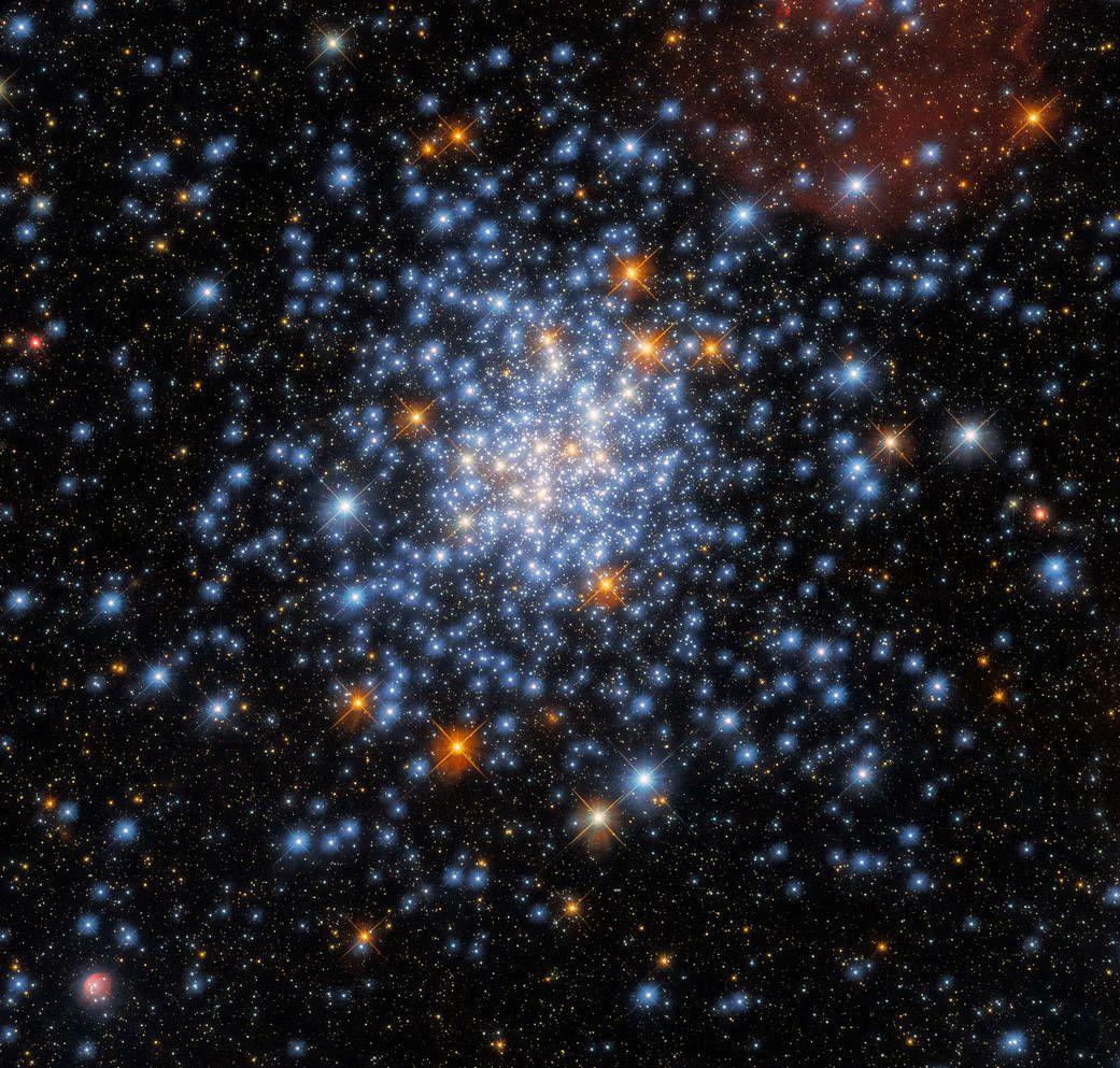 Hubble celebrates Fourth of July
