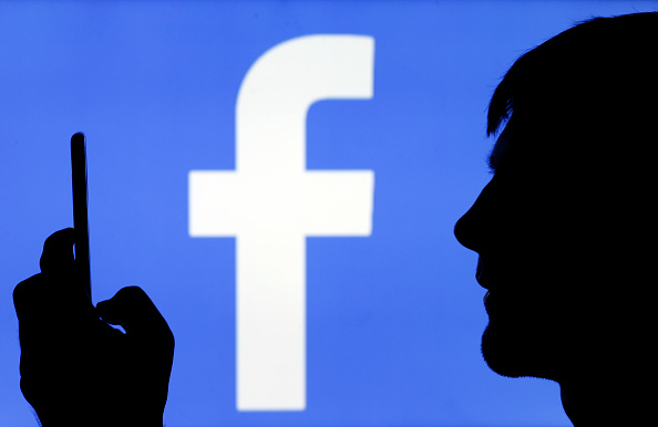 Facebook Advertisers' Cross-App, Cross-Site Tracking Faces Rejection From Apple iPhone, iPad Users | FB Now Panicking!