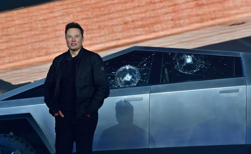 Elon Musk Tweets Tesla Supercharger as Pioneer in EV World