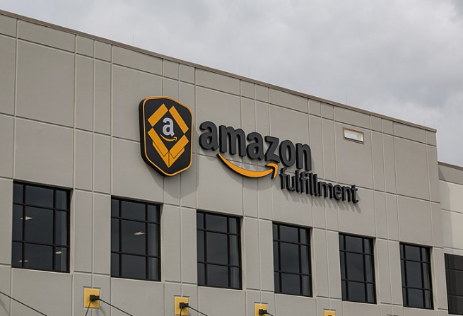 Amazon to Stop Warehouse Onsite COVID-19 Testing by July 30, 2021