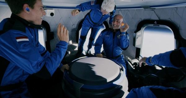 Jeff Bezos and Crewmates Aboard New Shepard