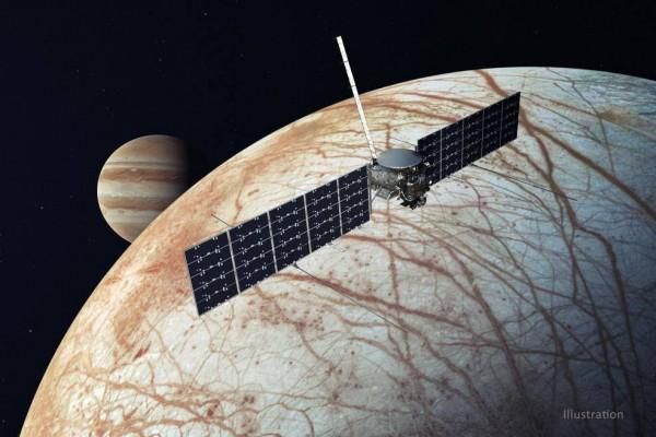NASA's Europa Clipper orbiting Jupiter's moon in an Illustration