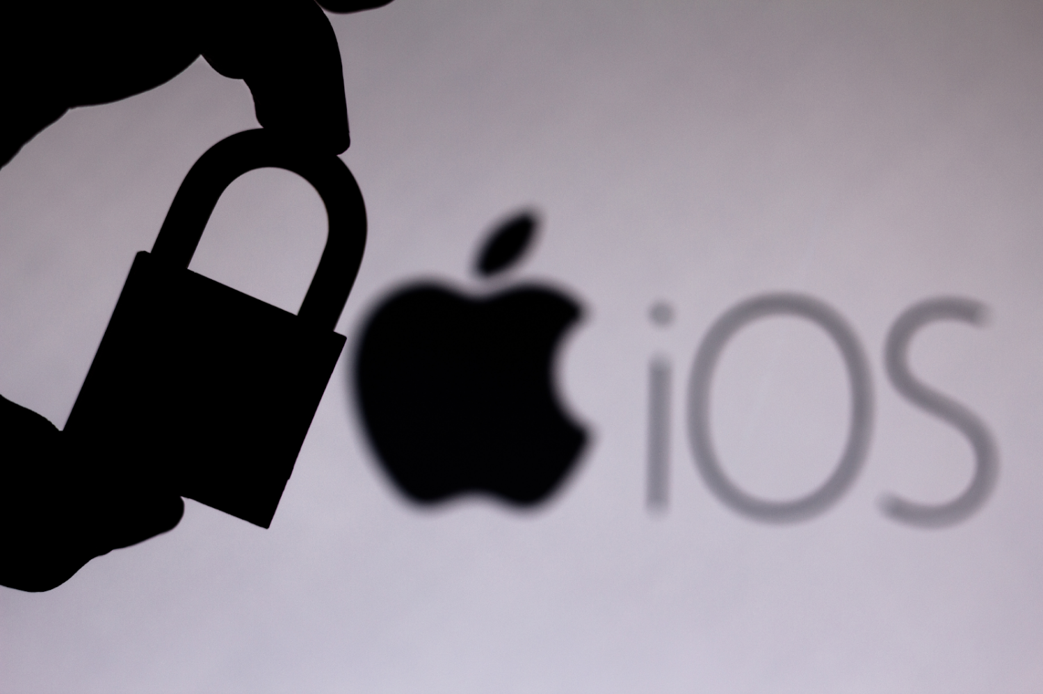 iOS Developers Navigating App Tracking Transparency Rules