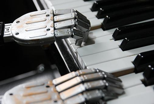 Robot hand piano