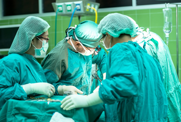 Artificial Heart Prosthetic Implant Successful in 39-Year Old First-Ever US Patient
