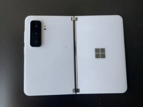 Microsoft Surface Duo 2 Leaked Photo