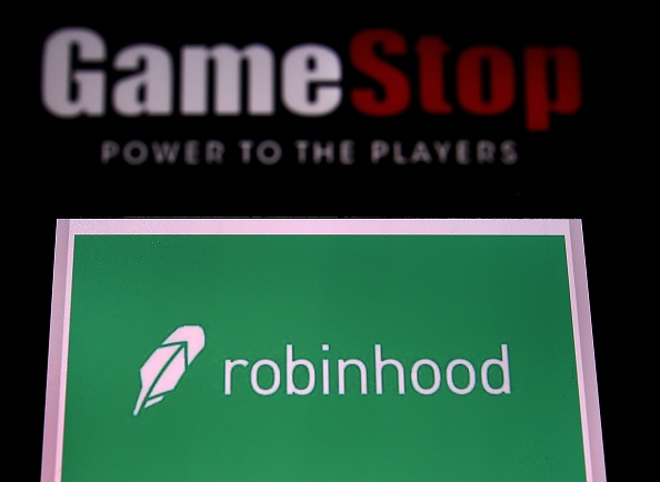 Robinhood Shares Tumbles By 10% On Its Most-Awaited NASDAQ Trading Debut: Value Is Now Below $30 Billion