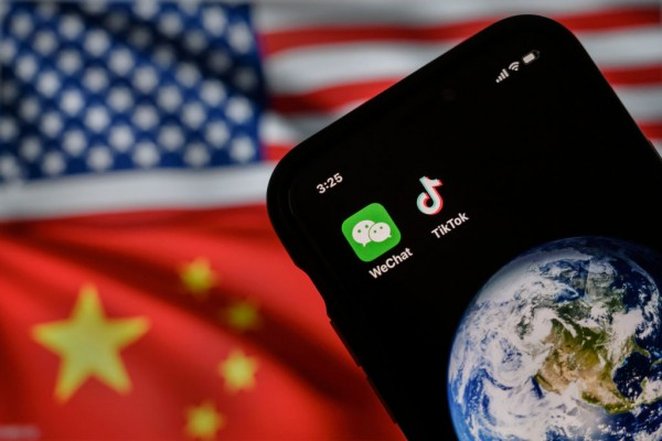"""China vs. WeChat: Beijing Prosecutors Sues Tencent After """"Youth-Mode"""" Allegedly Broke Child Safety Laws"""