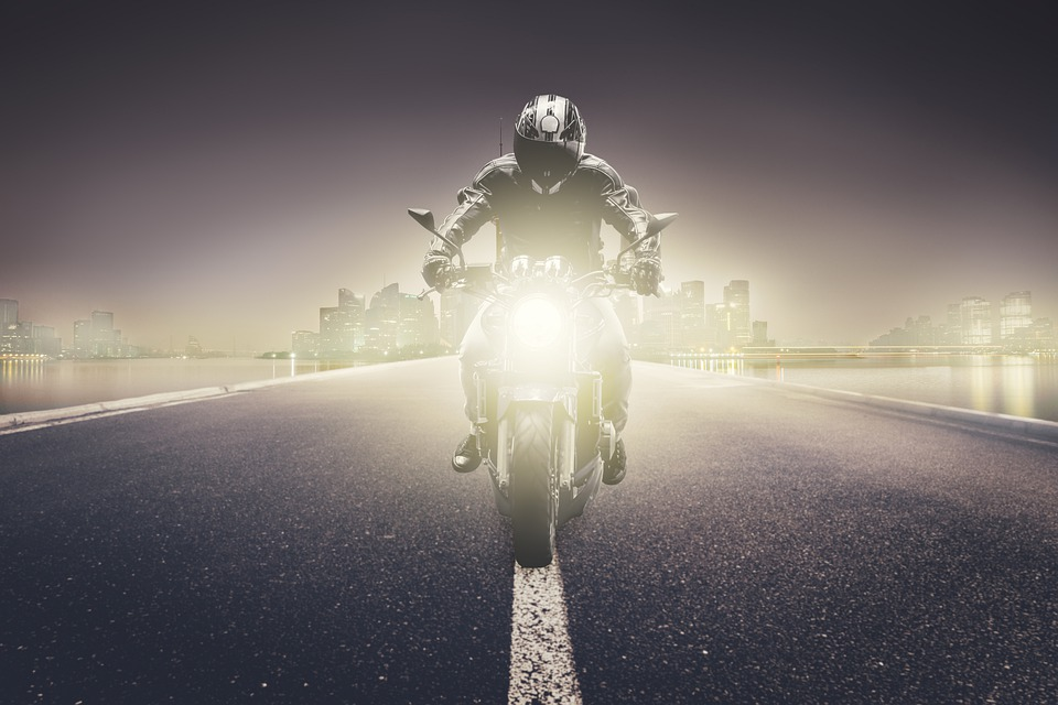 5 Effective Ways Motorcycle Riders Can Increase Their Visibility