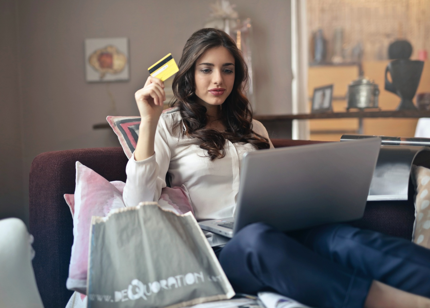 Where Can You Select the Best Credit Cards in India?