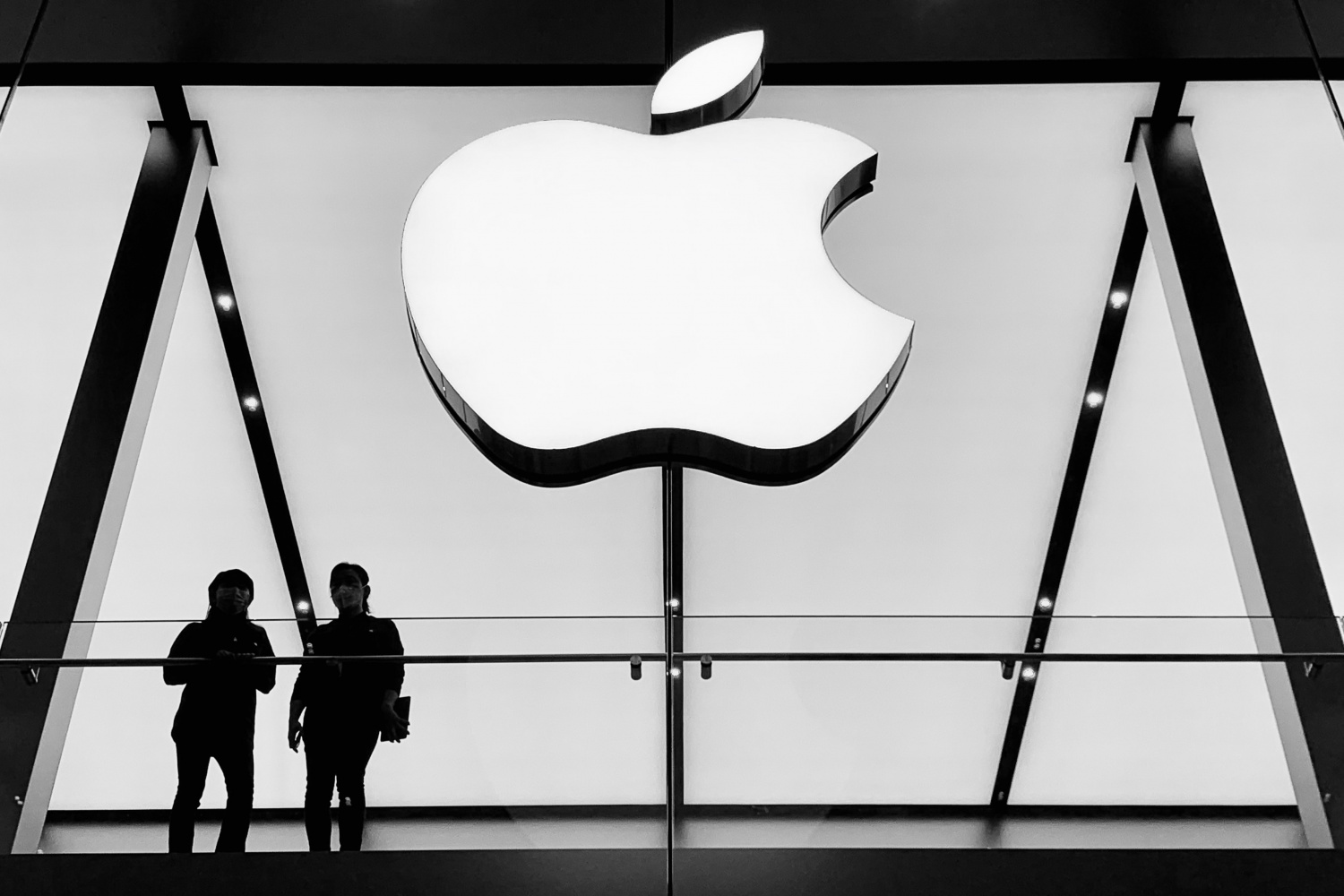 Apple Employees #AppleToo Start Sharing Toxic Workplace Stories Involving Alleged Discrimination, Retaliation, and More