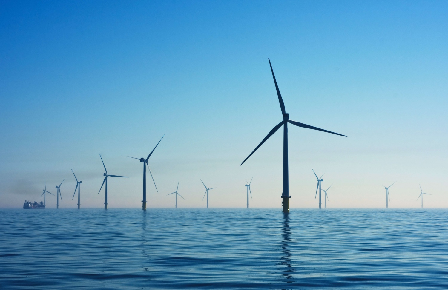 South Korea Gets 1.4 Gigawatt Floating Offshore Wind Farm Capable of Powering 1 Million Homes | Learn More