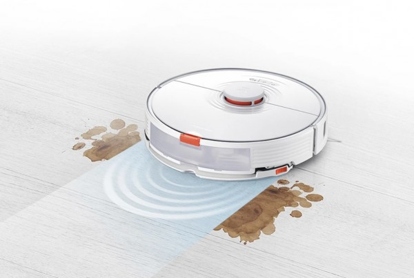 Roborock Labor Day Sale 2021: Robot Vacuum Now Offers Steal Price of $379 Plus Bundle