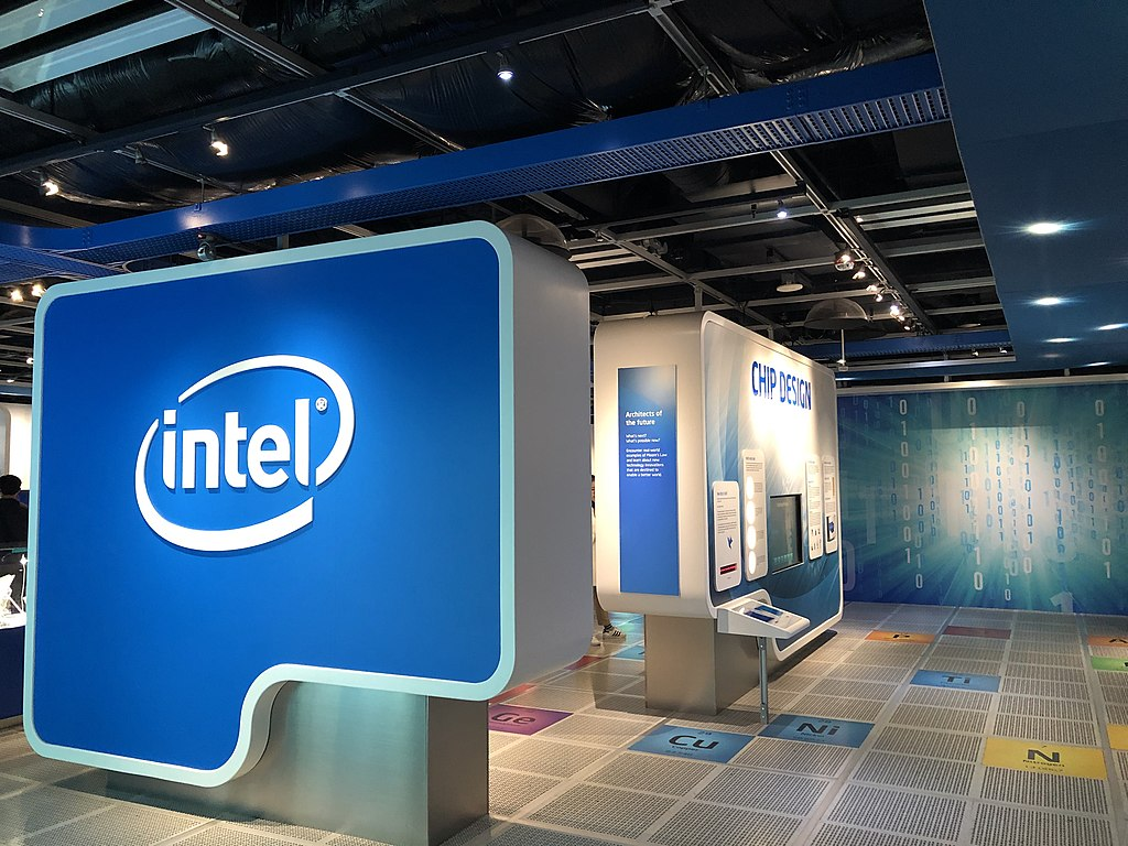 Intel to Invest $3.5 Billion in New Mexico to Boost US Chipmaking | $20 Billion Invested in Two New Arizona Fabs