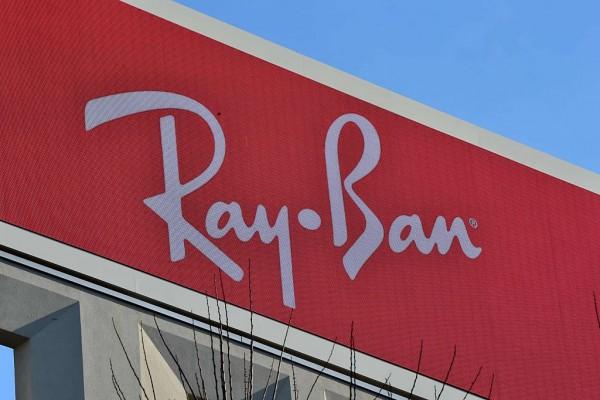 Ray-Ban, Facebook Smartglasses Photos Leak Hours Before Actual Launch