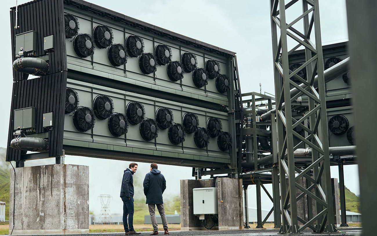 Largest $15 Million 'Carbon-Sucking' Machine is Switched on in Iceland | 4,000 Tons of CO2 Captured Per Year