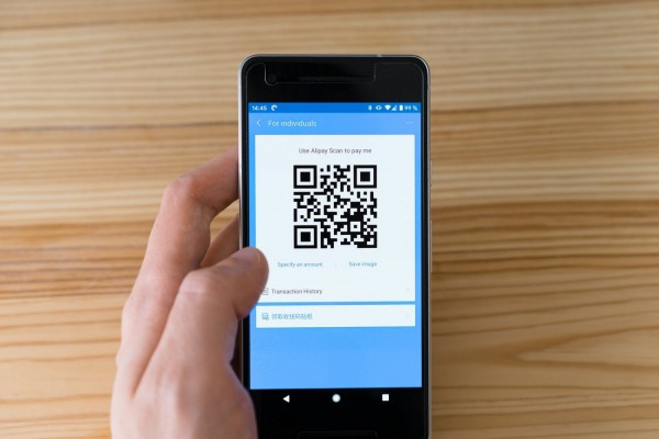 How to Scan QR Code on iPhone: A Simple Guide