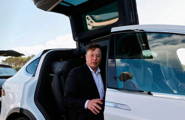 Elon Musk: Tesla FSD Beta Button to Release Sept. 24—But ONLY to Good Drivers