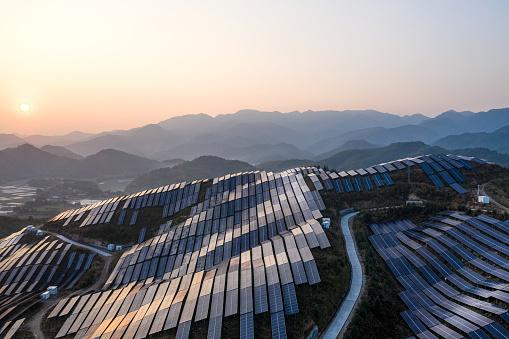 Renewable energy solar panels