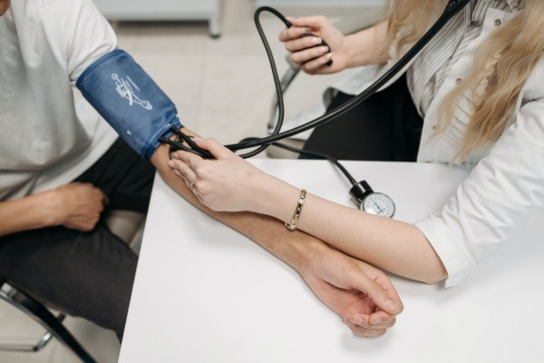 Smartwatches to act as Blood Pressure Monitors?