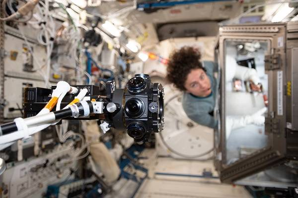 NASA and ISS's AR and VR Experience in Space