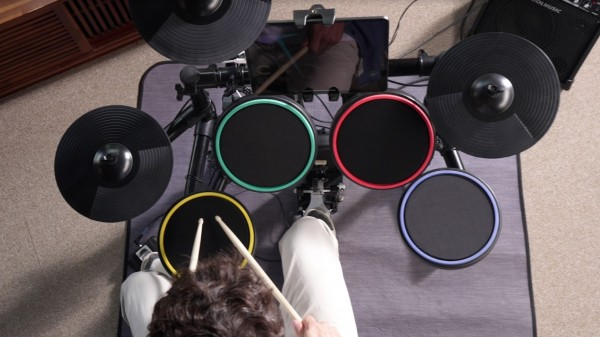Start your musical career with Smart Drum from MOPLAY!  Here's what makes it different