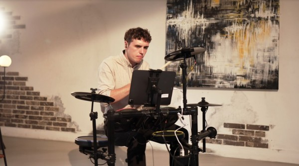Start your musical career with MOPLAY Smart Drum!  Here's what makes it different