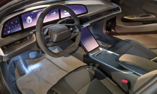 Lucid Air Dream Edition's Actual Test Drive! How Its Exterior, Interior, and Other Luxurious Details Look Like