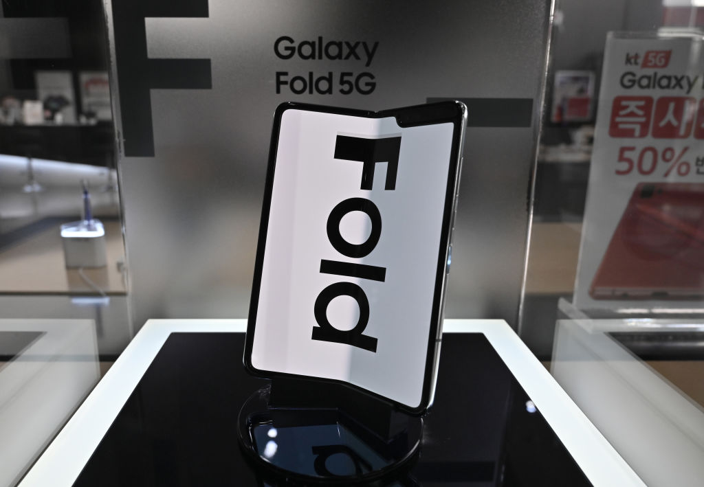 Samsung Galaxy Z Fold 3, Galaxy Z Flip 3 Nearing 1 Million Sales in South Korea After ISOLATED Case Explosion—Surpassing Galaxy Note 20, Galaxy 21