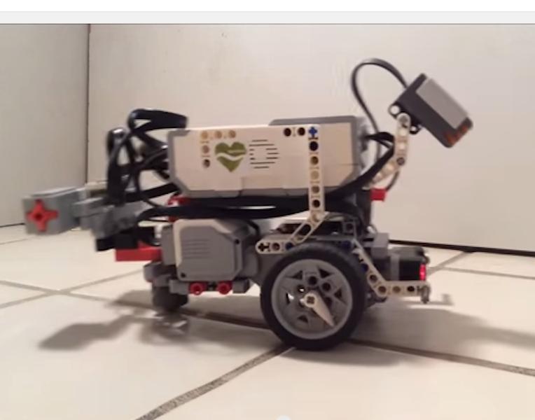 Lego worm robot
