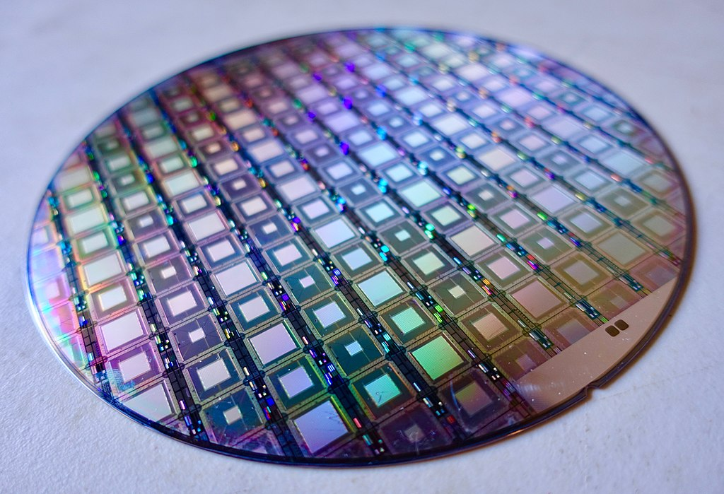 D-Wave Plans to Venture Into Quantum Computing Realm Gate-Based Systems | Problems with QUBO?