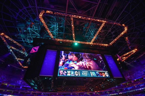 'Dota 2' TI10 Fans Disappointed With Artificial Crowd Cheer Feature: Here's What They Suggest