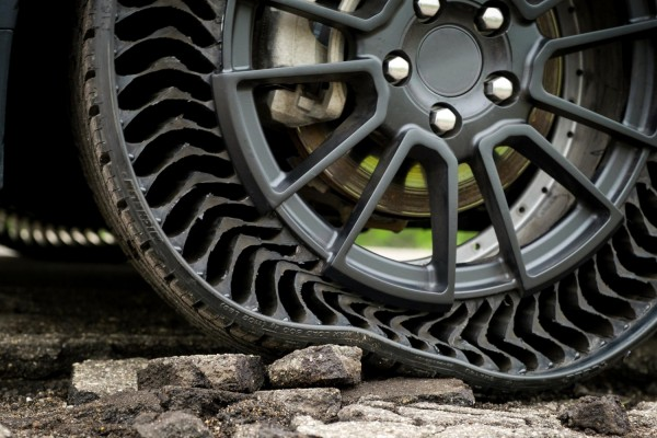Michelin UPTIS Airless, Puncture-proof Tire