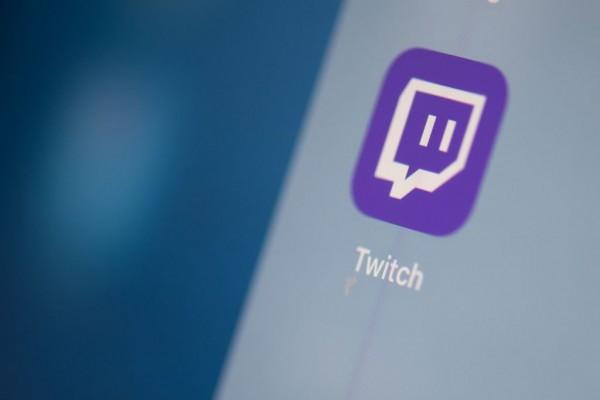 Twitch Streamer Amouranth Returns to Streaming Platform, TikTok, Instagram After Being Banned