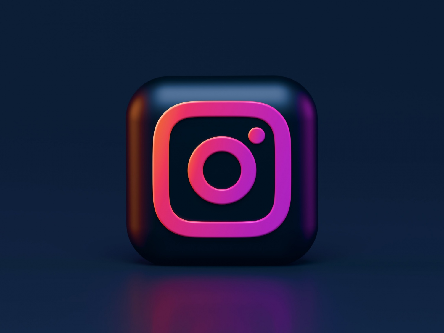Instagram Describes Teens as 'Pipeline' | Company Concerned About Losing Teenage Users