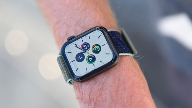 Apple Watch Can Soon Detect Your Blood Oxygen Levels and Irregreular Heartbeats. Here's How.