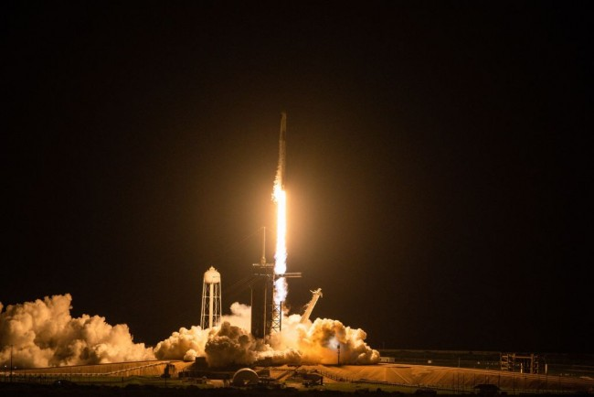 SpaceX's Falcon 9 Selected to Launch Varda Space's First Manufacturing Satellite in 2023—What to Expect